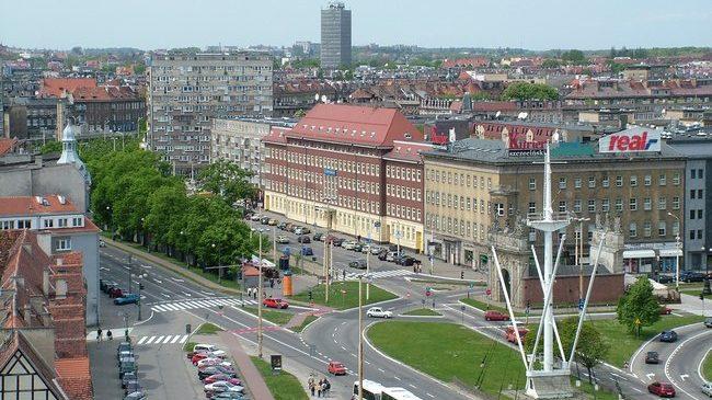 JKW-Fryderyk-z-malzonka-w-Polsce